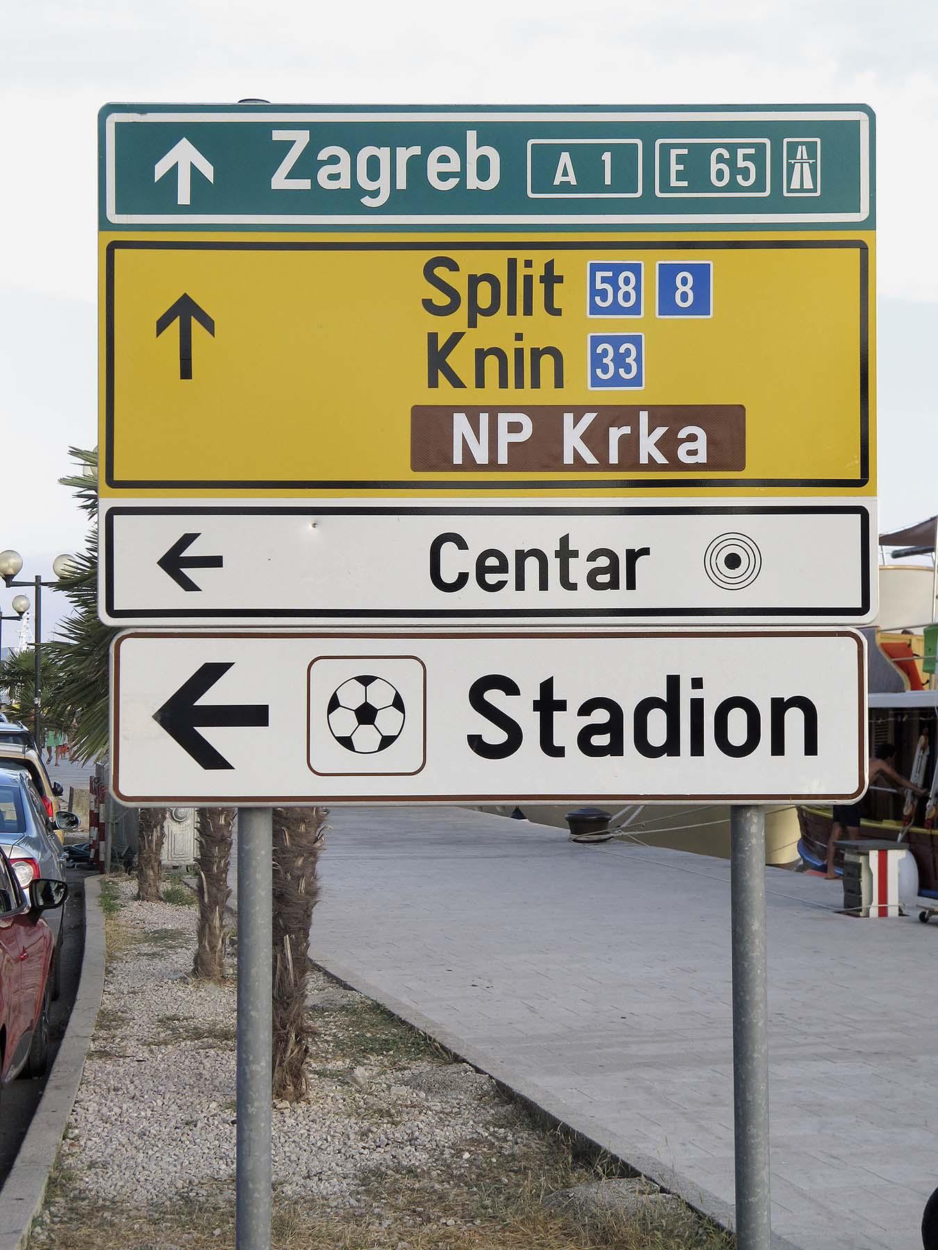 Croatia 01 BANKTM @bank_graphic_design_today lo