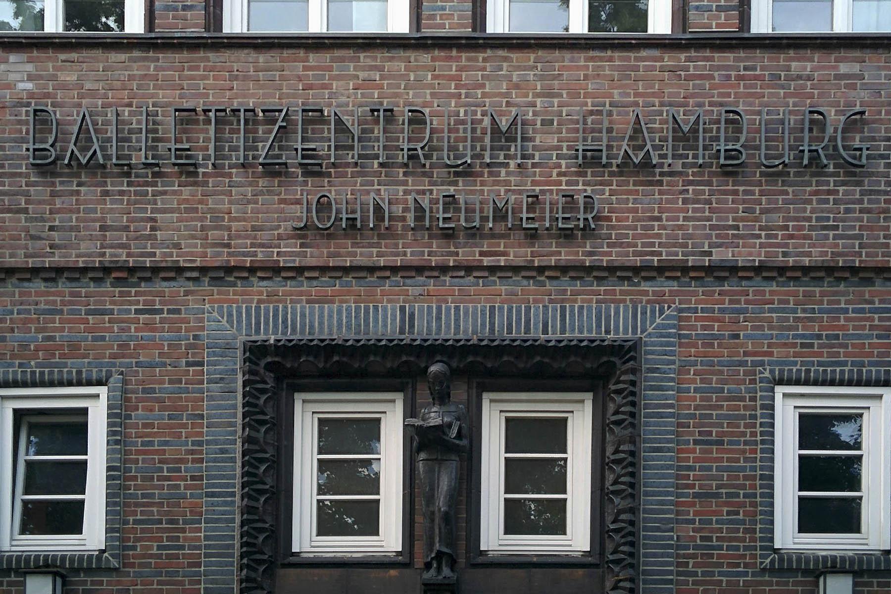 Germany 56 Jens Schnitzler @jnsshnzzl lo